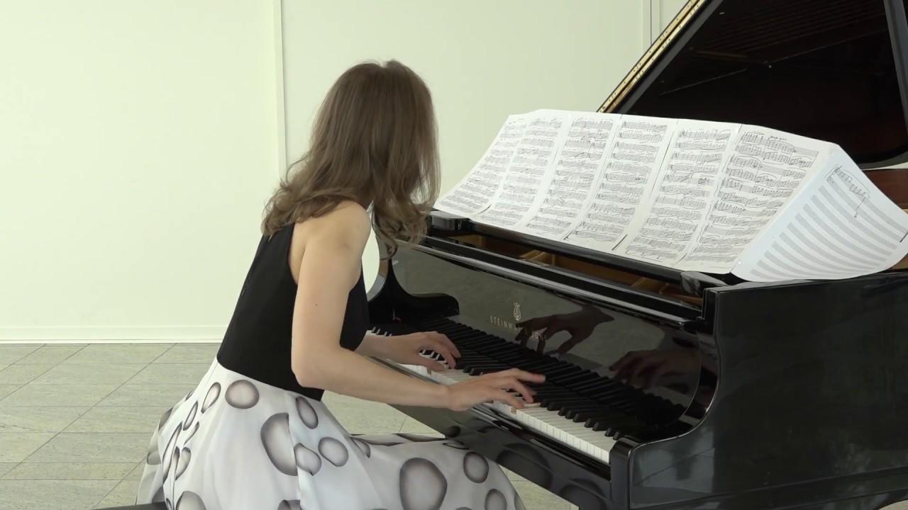 Ballerina by Oliver Nosaczynski Bohovič