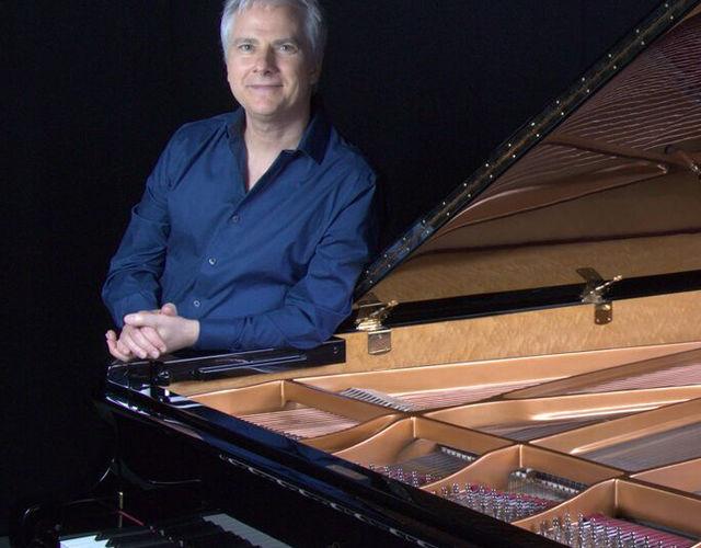 Joseph Akins