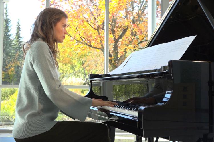 Christmas Piano: Marlowe Carruth - A Shepherd's Wonder