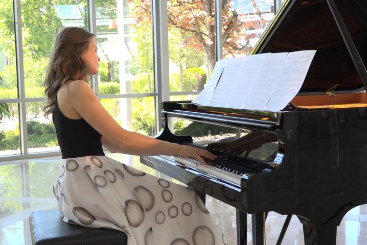Sad Piano - Valse Triste - Luke Faulkner
