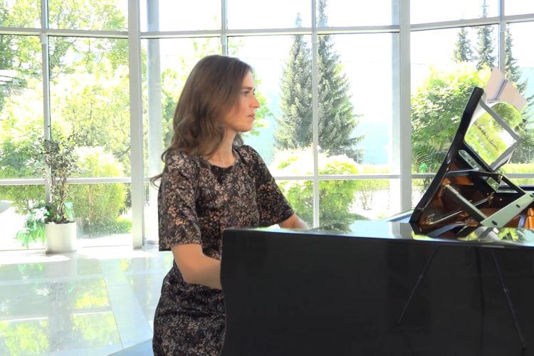Summer Piano - Osmar Estuardo Meliá Griffith - Acuarelas