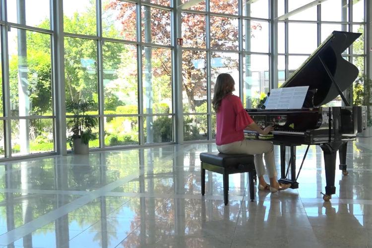 Post-Romantic Piano - Justinas Bernotas - Prelude in F Major
