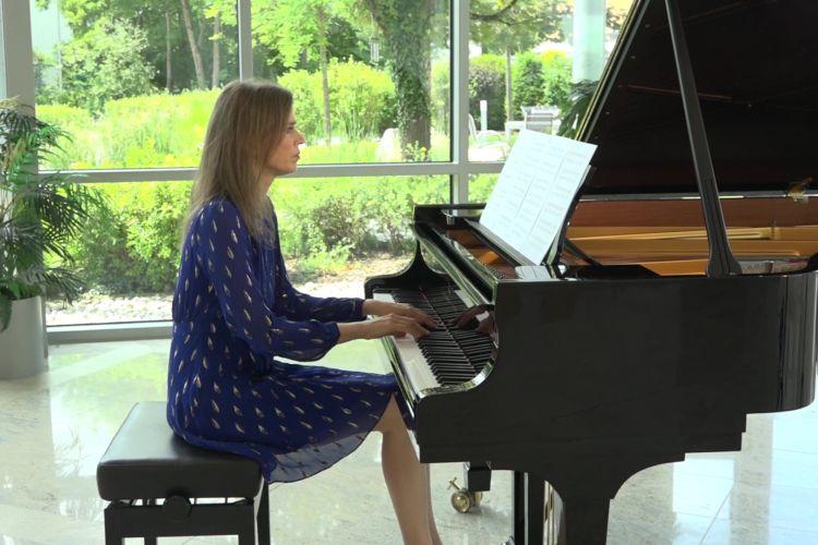 Mysterious Piano Music: Fabricio Gatta - La Luz Mala