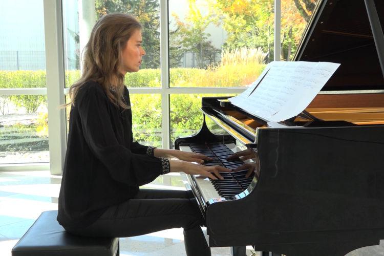 Emotional Minimalist Piano: Christopher Fairman - Ineffable