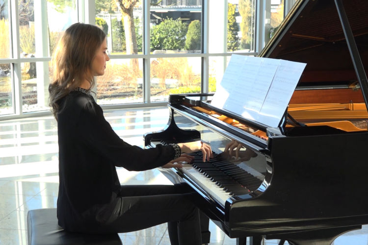 Thoughtful Piano Music - Alexis Ffrench - Bluebird