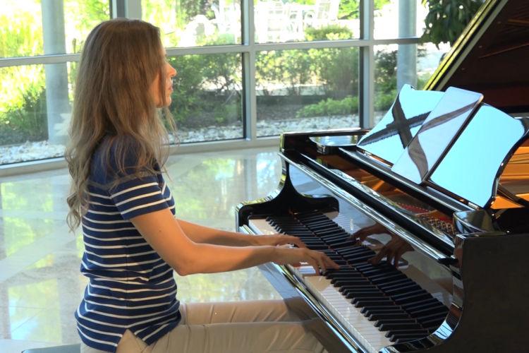 Music for Dreams - Melani Peoska - Moonlight