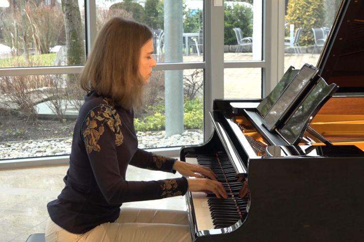 Emotional Modern Piano - Romance - Marco di Stefano
